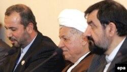 محسن رضايی و هاشمی رفسنجانی دبیر و رئیس مجمع تشخيص مصلحت