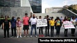 Гражданские активисты у здания Минюста выразили свой протест в связи с экстрадицией Рамзана Ахъядова