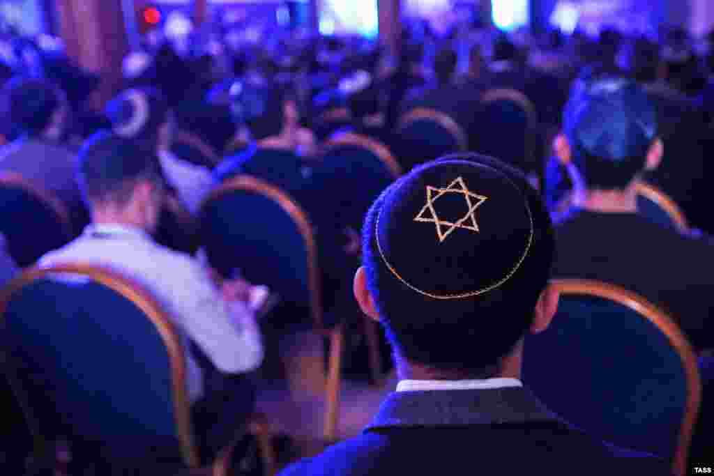 Participants attend a congress of the Federation of Jewish Communities of Russia at the Jewish Community Center in Moscow. ​(Sergei Fadeichev/TASS)