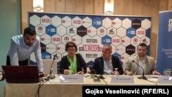 Građani i dalje smatraju da su novinari ti koji najviše doprinose porastu nacionalnih i političkih tenzija u BiH. Foto sa predstavljanja izvještaja u Banjaluci