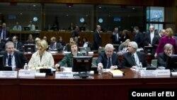 Евробиримдиктин тышкы иштер министрлеринин Бельгиядагы жыйыны. 23-январь, 2012-жыл.