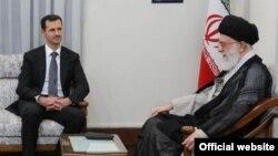 بشار اسد (چپ) در دیدار با آیتالله علی خامنهای، رهبر ایران