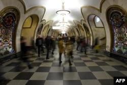 """Станция метро """"Новослободская"""""""