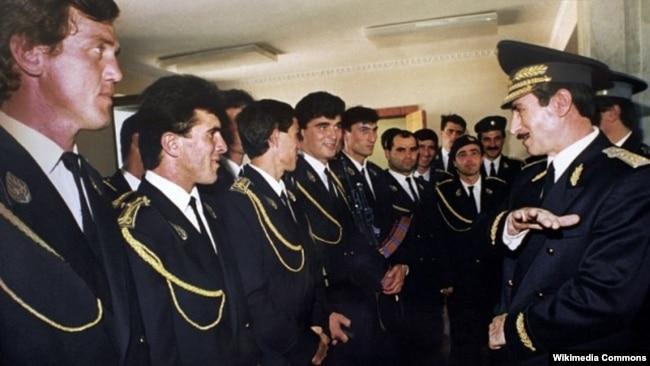 Джохар Дудаев с чеченской гвардией