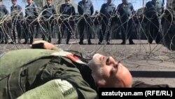 Фоторепортаж: Другий тиждень у Вірменії тривають масові протести