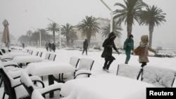 Snijeg u Splitu, februar 2012. - ilustracija