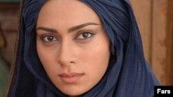 Iranian actress Pegah Ahangarani is the daughter of actress and director Manijeh Hekmat and movie director Jamshid Ahangarani.