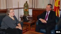 Проштална средба на претседателот на Собранието на РМ Трајко Вељаноски со грчката амбасадорка Александра Пападопулу