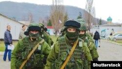 Кырымда Русия хәрбиләре, 2014 ел, март ае