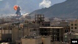 Pamje nga luftimet në kryeqytetin Sana në Jemen