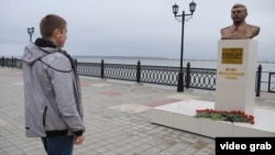 The announcement was made by the same nationalist group that erected a bust to Stalin in Surgut. (file photo)