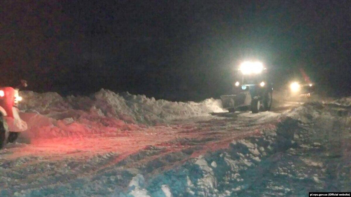 «Укравтодор» объявил об ограничениях в движении из-за непогоды