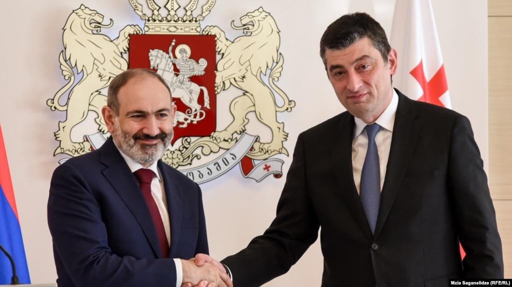Никол Пашинян поздравил премьер-министра Грузии по случаю Национального праздника