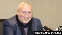 Nicolae Tudoreanu în studioul Europei Libere la Chișinău