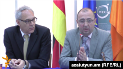 Armenia -- Armenian and German officials speak at a business forum on Syrian Armenian businesses in Yerevan, 20May2016