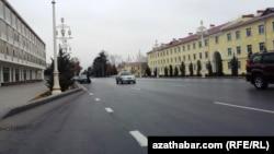 Улица Туркменбаши (бывшая ул. Ленина), Ашхабад