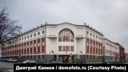 Здание, где располагается отдел по борьбе с организованной преступностью МВД по РТ