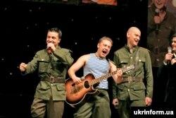 Концерт команди КВК «95 квартал» за участі на той момент вже відомого телеведучого Володимира Зеленського, 2006 рік
