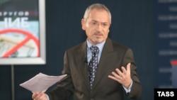 Ukrainian TV talk show host Savik Shuster