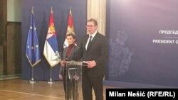 Архивска фотографија- премиерката и претседателот на Србија, Ана Брнабиќ и Александар Вучиќ
