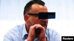 PEGIDA қозғалысын құрушылардың бірі Лутц Бахманн сотта отыр. Дрезден, Германия, 19 сәуір 2016 жыл.