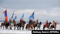 Съемка сцены зимней кочевки для сериала «Казах ели». Алматинская область, 4 ноября 2015 года.