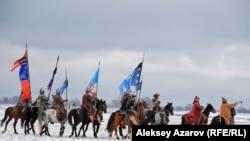 Съемка сцены зимней кочевки для сериала «Казах ели». Алматинская область. 4 ноября 2015 года.