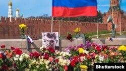 Мәскеудегі Борис Немцов қаза тапқан орын.