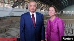 Ислом Каримов рафиқаси Татьяна Каримова билан 2014 йилнинг августида Хитой сафарида.
