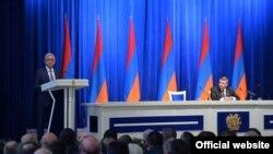 Президент Серж Саргсян выступает на расширенном заседании коллегии Полиции РА, Ереван 23 октября 2017 г.