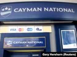 Банкомат на Каймановых островах