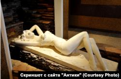 Интерьеры в холле одного из домов на Федосеевской