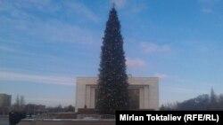 Бишкектеги жаңы жылдык балаты, 17-декабрь, 2013