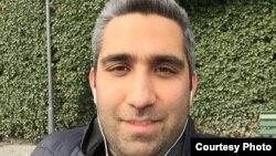 Иран журналисі Амир Хоссейн Мотаки.