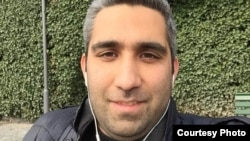 Иранский журналист Амир Хусейн Мотаки.