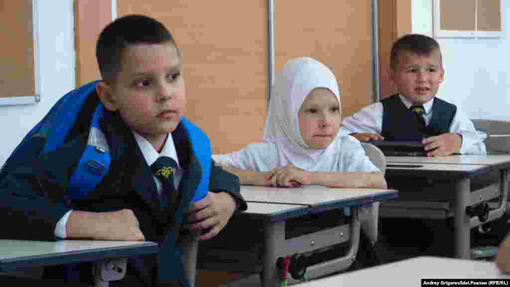 Перший день навчання в Казані, Татарстан, 1 вересня