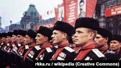 Кубанские казаки (архивное фото)