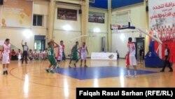 من منافسات بطولة غرب أسيا لكرة السلة للشباب في عمّان