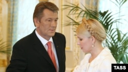 Тимошенко согласилась забыть о прежних обидах на ослабленного президента
