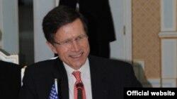 АҚШ мемлекеттік хатшысының Оңтүстік және Орталық Азия бойынша көмекшісі Роберт Блэйк.