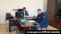 Український військовий звернувся в поліцію за фактом проникнення в його службову квартиру в Севастополі, 20 листопада 2017 року