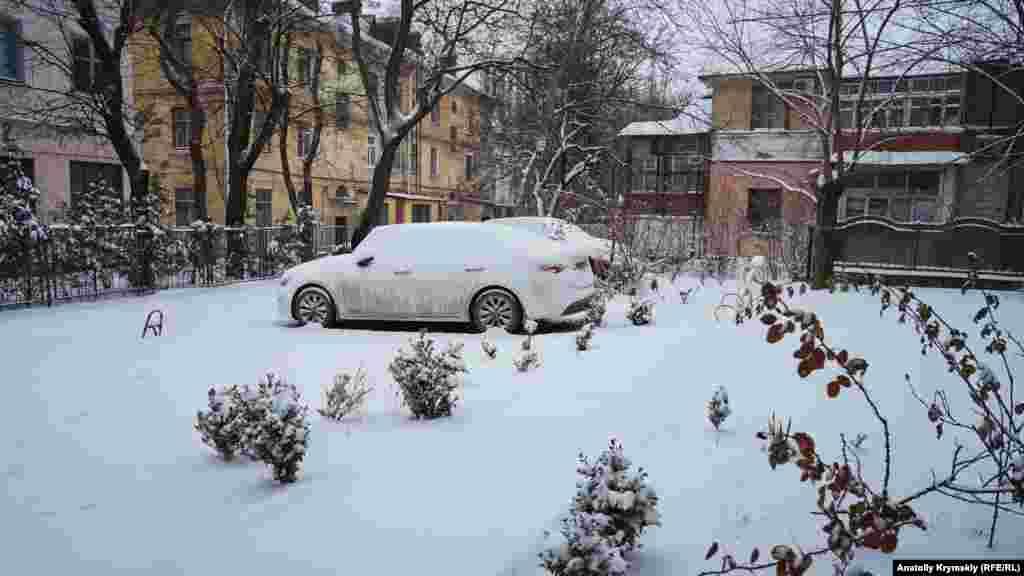 Во дворе на улице Тургенева