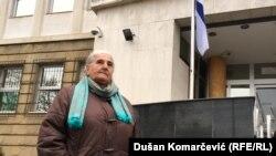 Munira Subašić, čiji je sin ubijen u Kravici u julu 1995, ispred Specijalnog suda u Beogradu