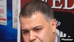 Председатель комиссии НС по государственно-правовым вопросам Давид Арутюнян