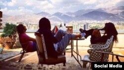 یکی از عکس های منتشر شده بر صفحه بچه پولدارهای تهران در اینستاگرام که فعالیت خود را اخیرا متوقف کرده است