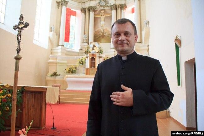 Ксёндз Сяргей Сурыновіч