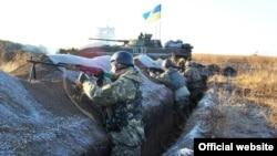 Позиции украинских военных в Донбассе
