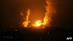 После авиаударов ВВС Израиля. Город Рафах в секторе Газа. 1 июля 2014 года.