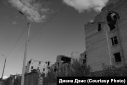 Один из кварталов Славянска, полностью разрушенный войной