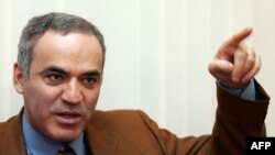 Russia - Garry Kasparov speaks at a press conference in Moscow, 15Dec2008